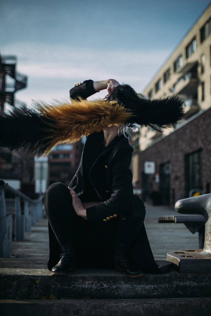 H&H_black coat06